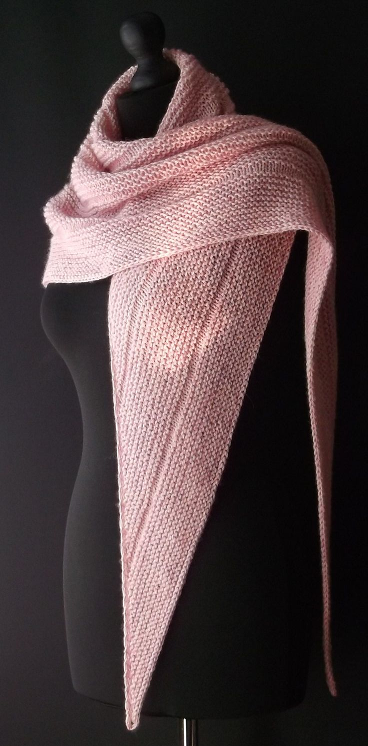 Knitting Patterns For Triangular Scarf : 3344 best images about knitted + crocheted on Pinterest