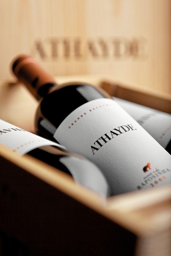 Athayde Label Design on Behance wine / vinho / vino mxm #vinosmaximum