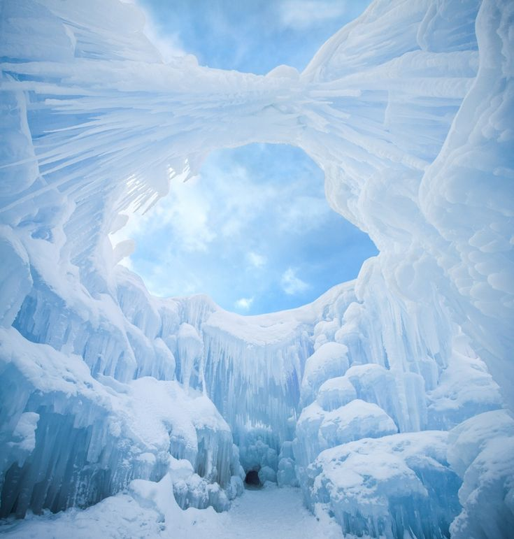 Best 25+ Ice Castles Ideas On Pinterest