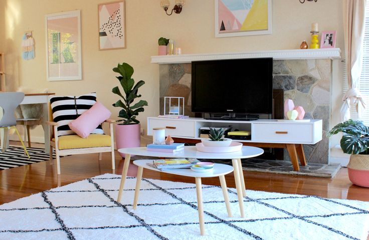 Pops of pink and yellow. Living room inspo