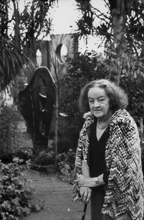 Henri Cartier-Bresson // British sculptor, Barbara HEPWORTH. 1971