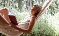 La lettura è donna: a svelarlo una ricerca di IBS.it e Nectar