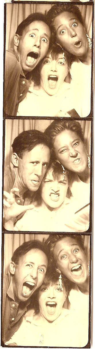 http://www.sheilaomalley.com/archives/photobooth4.jpg