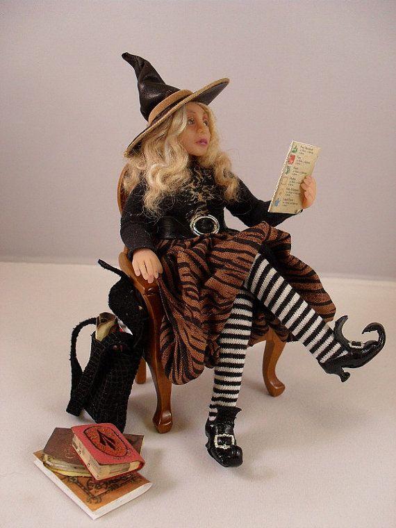Miniature witch - Miniature dollhouse witch