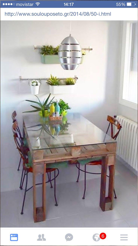 Tisch aus Paletten