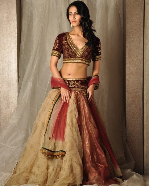 Lehenga Skirt & Choli Blouse by Tarun Tahiliani http://www.taruntahiliani.com/index.html