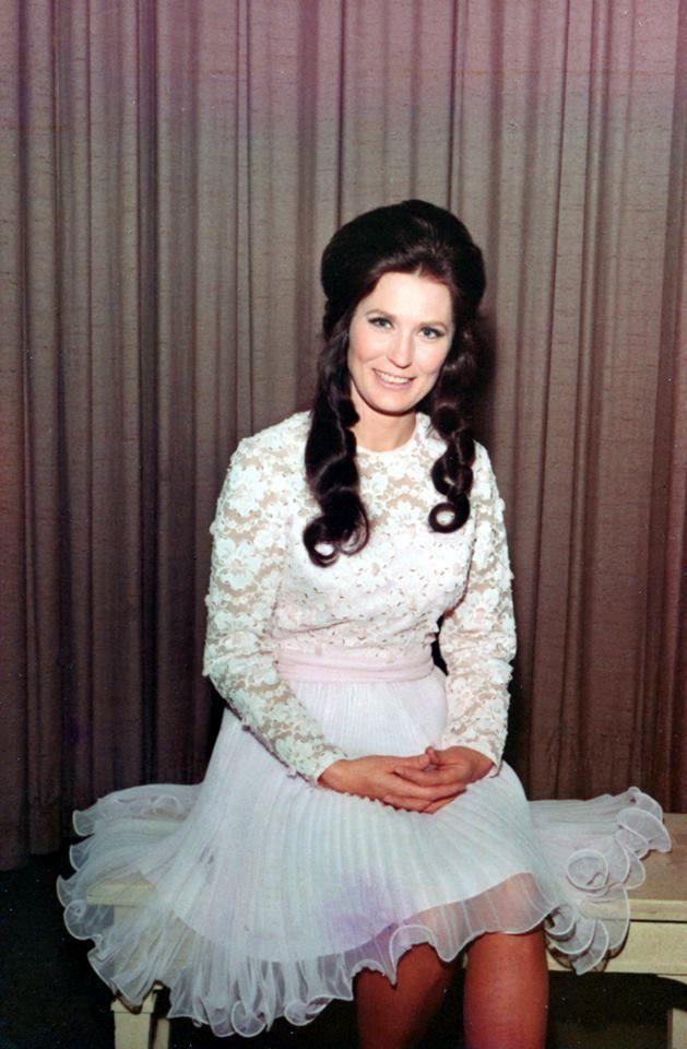 Loretta Lynn, 1960's.