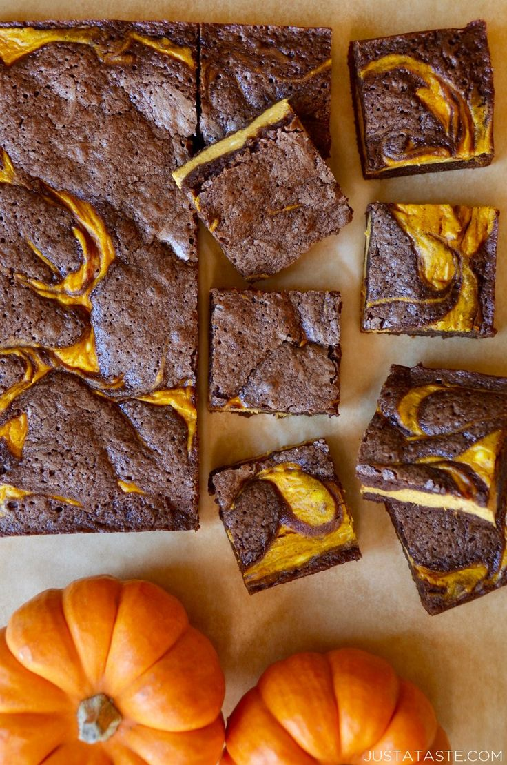 Pumpkin Cheesecake Brownies recipe from justataste.com #recipe #pumpkin #cheesecake #brownies