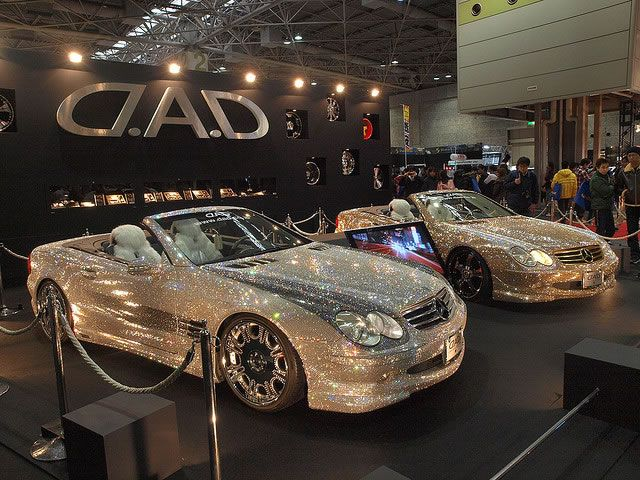 Check out this customized Mercedes-Benz SL600 covered with Swarovski crystals This brilliant Mercedes is the work of car accessory company Garson