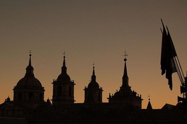 perfiles históricos, por bachmont    El Escorial