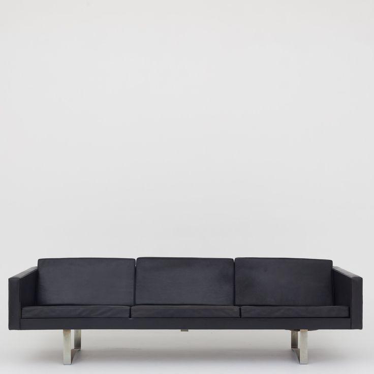 Model 401 - 3-seater sofa in black leather