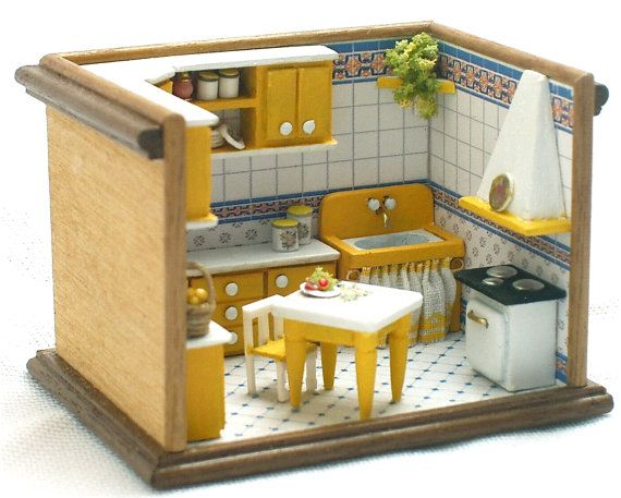 Cucina gialla roombox scala 1/144 fatto a by minifromItaly on Etsy