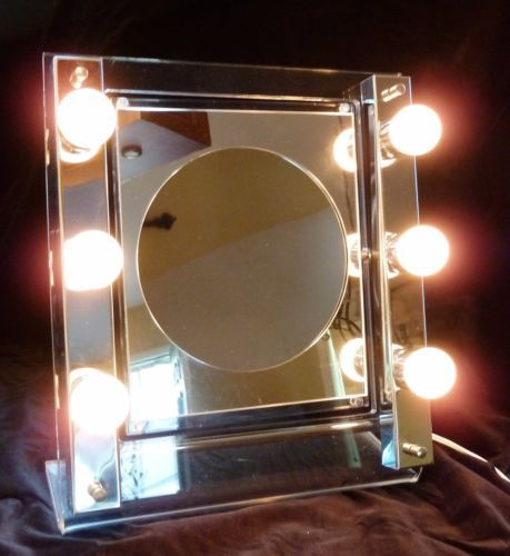 Vntg-70s-Rialto-Lucite-Chrome-Hollywood-2-Sided-Lighted-Makeup-Mirror-Midcentury