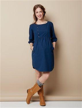 Très bonne idée ! Une robe bien souple en maille jacquard effet denim : souple et mode, on la plébiscite !  Robe future maman pressionnée sur le haut