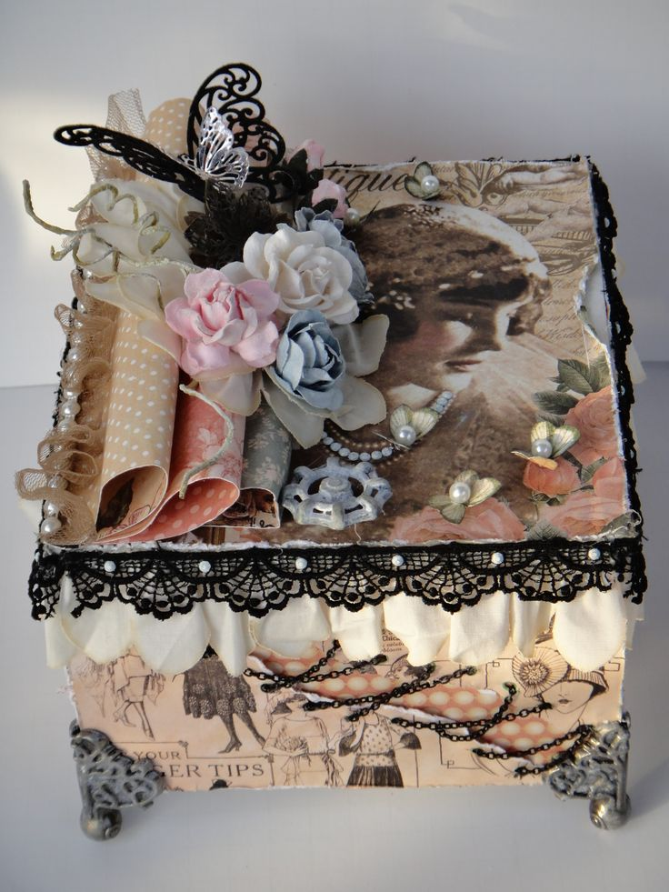 Le Romantique Cigar Box featuring Tim Holtz and Graphic 45.