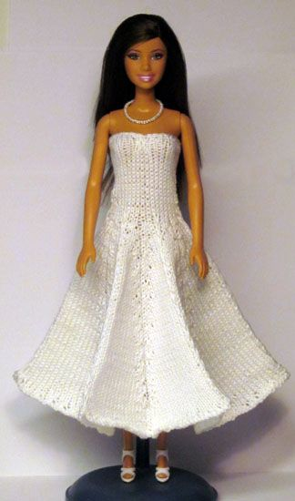 Hundreds of free knit patterns for Barbie