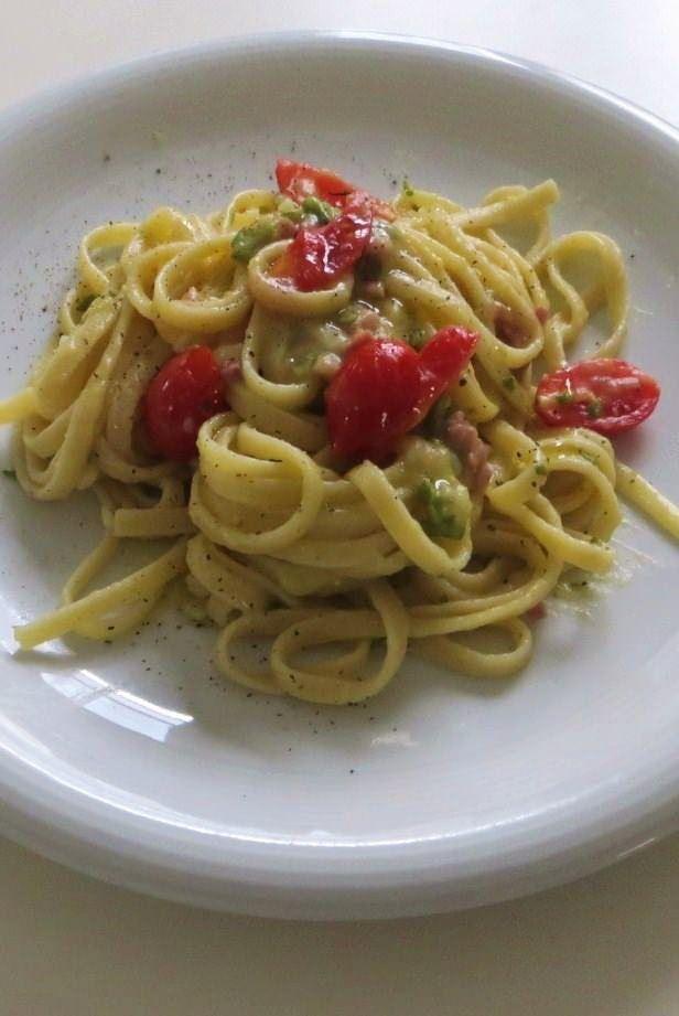 Foto linguine patate, zucchine e speck