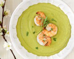 Shrimp avocado, Food & drinks and A bowl on Pinterest