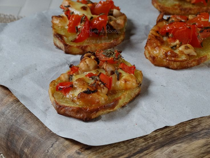 Le patate incoronate: così buone che finiranno in un attimo! Ecco la ricetta per prepararle, provatele anche voi per un contorno o un antipasto!