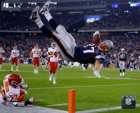 Please please please let me get what I want...a healthy Gronk.
