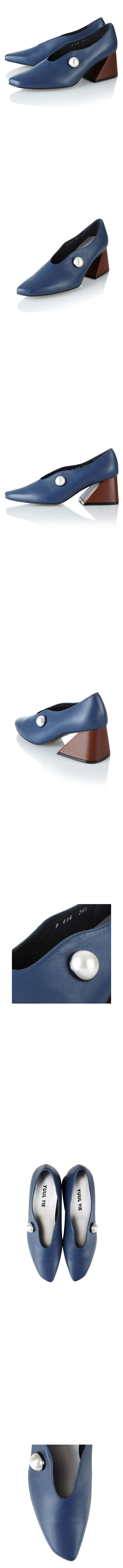Yuul Yie Color : navy + brown  Material : cow skin  Heel height : 6cm