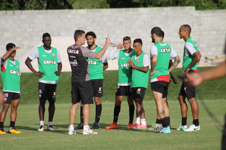 Vitória na Veia! Vitória cumpre mais uma tarde de treinos visando próximo desafio pela Série A - Vitória na Veia!