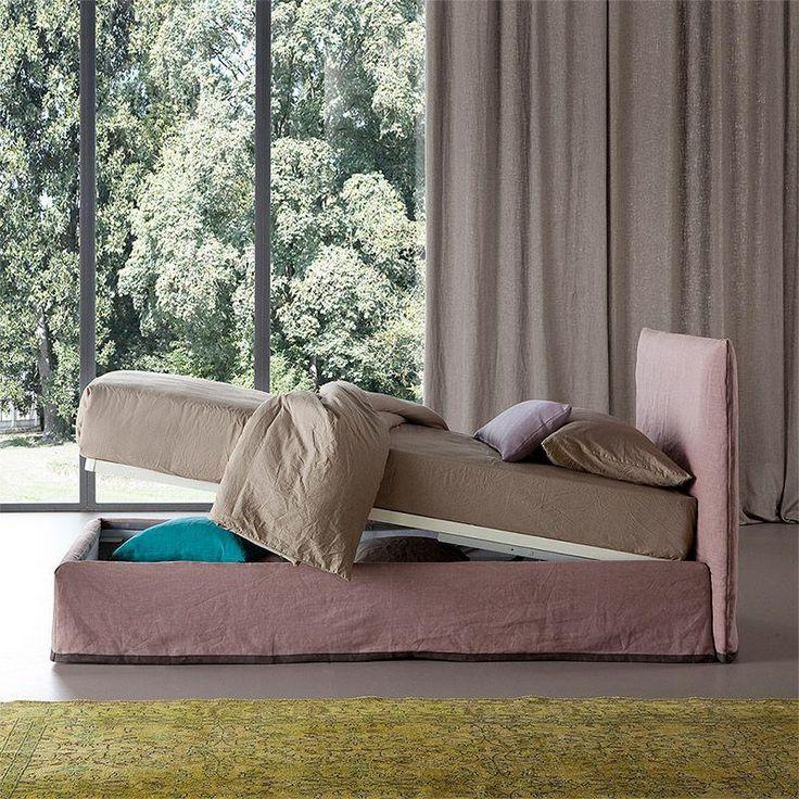Lucrezia Double è un letto imbottito sfoderabile dall'animo versatile.Si caratterizza, infatti, per un pratico tessuto reversibile, che consente di rinnovare a piacimento il letto.Le forme essenziali e le delicate cuciture pinzate lo rendono adatto ad ambienti sia moderni che classici.Si può optare per la versione singola (per materasso 90x200) o per quella matrimoniale (per materasso 160x200).Lucrezia Double viene proposto nel raffinato lino Double Face, disponibile in diverse combinazioni…
