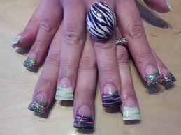 Duck bill nails