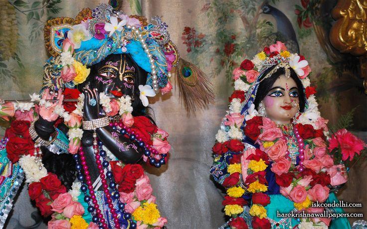 To view Radha Parthasarathi Wallpaper of ISKCON Dellhi in difference sizes visit - http://harekrishnawallpapers.com/sri-sri-radha-parthasarathi-close-up-iskcon-delhi-wallpaper-003/