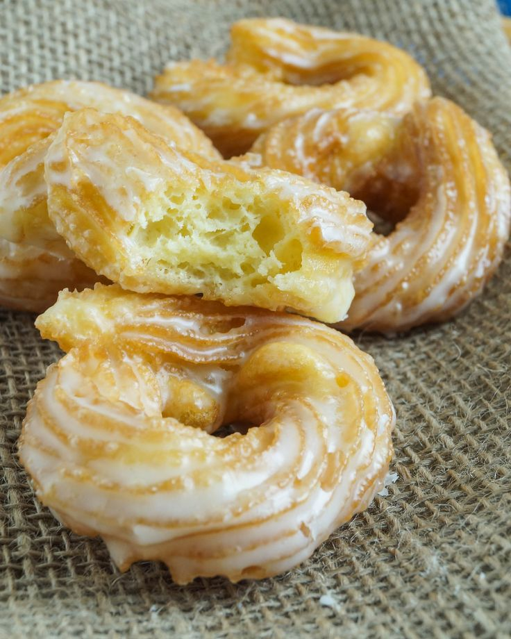 Spritzkuchen are German Crullers popular during the Karneval season and other festivals. They are said to have originated in Eberswalde (Eberswalder Spritzkuchen), a town northeast of Berlin near t...