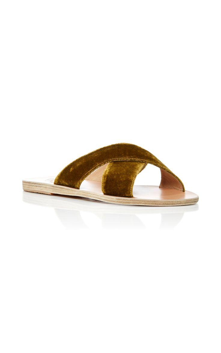 velvet sandals in the best shade of bruised banana