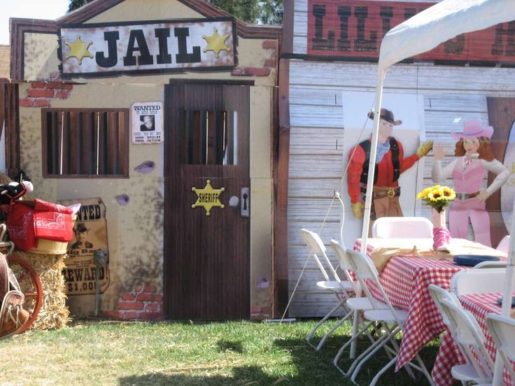 Western Hoe Down Graduation/End of School Party Ideas | Photo 1 of 6 | Catch My Party