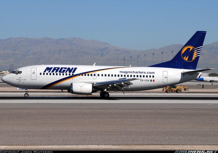 Magnicharters (October 18, 2012) Boeing 737-322 / XA-UQA