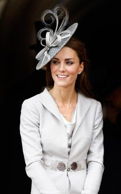 Hair Ideas: How to Wear a Fascinator (Without Looking Stupid): Daily Beauty Reporter: Daily Beauty Reporter: allure.com