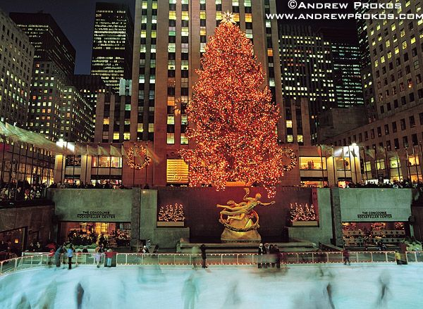 Rockefeller Center at Christmas time. <3: Christmas Time, Center Ny, Rockefeller Center, Center Ice, Ice Skating, New York, My Buckets Lists, Christmas Trees, Ice Skater