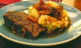 (6 Personas) Ingredientes: Para la Plateada: 1 kilo de plateada de cerdo, sin grasa 2 dientes de ajo picados finos 2 cuch...