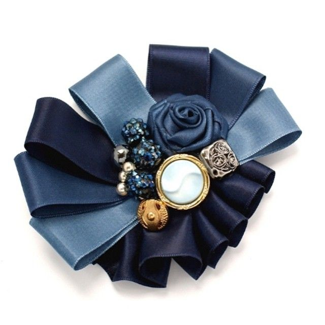 Broszka ☺️ #broszka #friends #flower #navy #amazing #accessories #fashion…