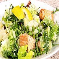 Lun salat med bacon, poteter og laks -