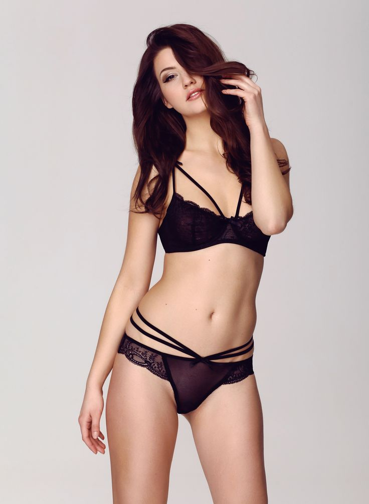 Komplet Little Bow Czarny, Lingerie, Sexy, Lace, Girl, Woman, Black lingerie, Woman, Brunette