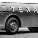 Diamond T Texaco Doodlebug tanker truck