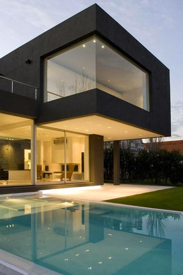 The Infinite Gallery : The Black House-Buenos Aires, Argentina
