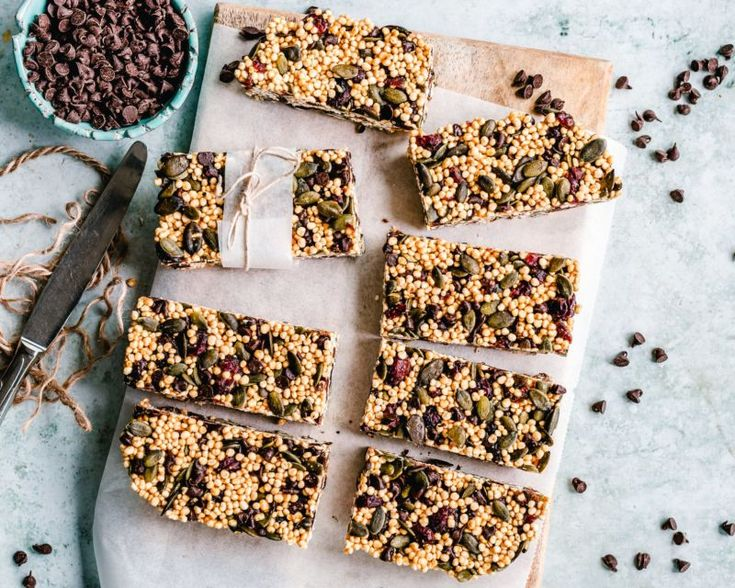 New free stock photo of açúcar aperitivo assando Superfood, Granola Barre, Cranberry Bars, Campfire Food, Snack Recipes, Snacks, Dehydrated Food, Mindful Eating, Snack Bar