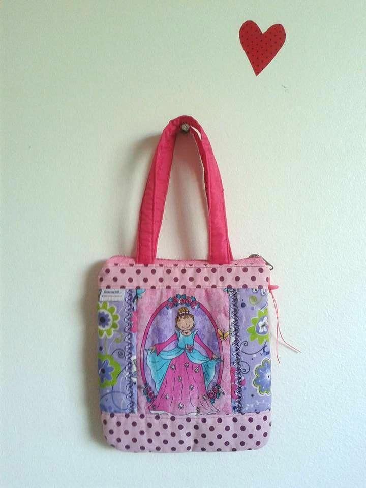 Bolsa De Mão Rosa Pink : Melhores ideias de princesas bolso no