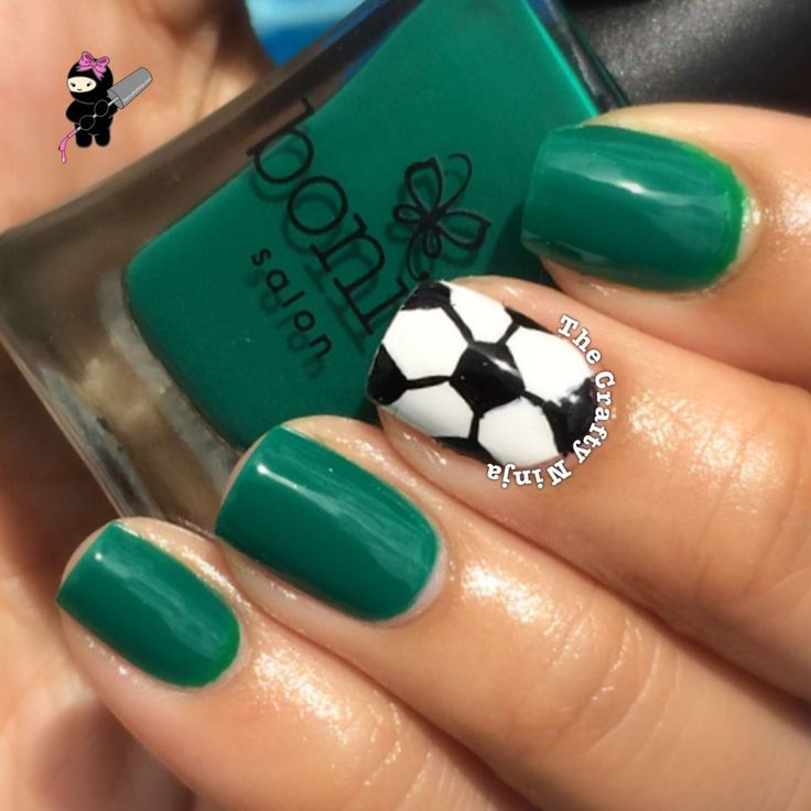 Soccer Nails  even though i hate panting nails
