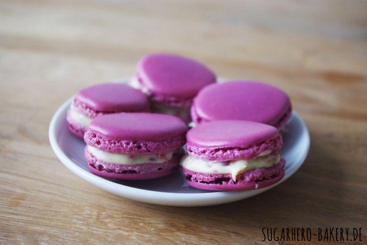 Brombeer-Macarons mit Schokoladen-Ganache #Rezept / Blackberry-Macarons with Chocolate-Ganache #recipe