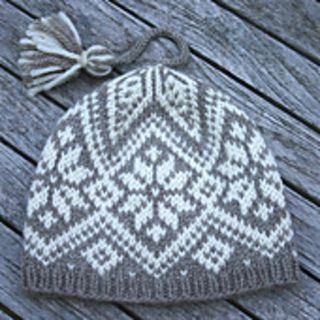North Star. Pattern on Ravelry. Worsted weight. Circular. Fair Isle style knitting. 3 sizes, youth, sm adult, adult.