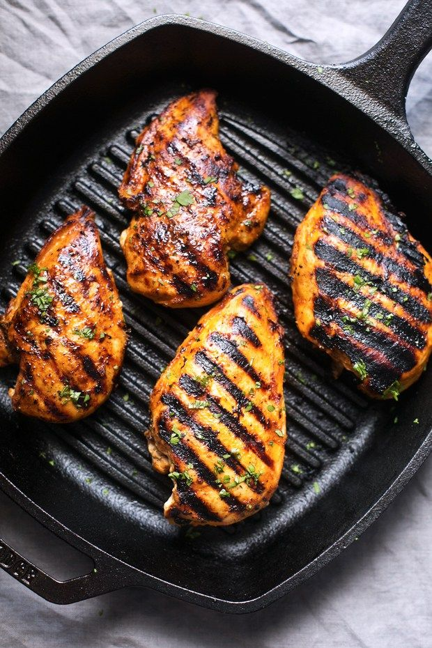 Simple Asian Grilled Chicken by littlespicejar:  Tender and juicy chicken breasts marinated with spicy sriracha and a secret ingredient that makes this chicken to die for. Coming in at just over 200 calories! #Chicken #Asian #Grilling
