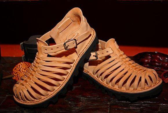 Skhumba craft -- sandals that rock!