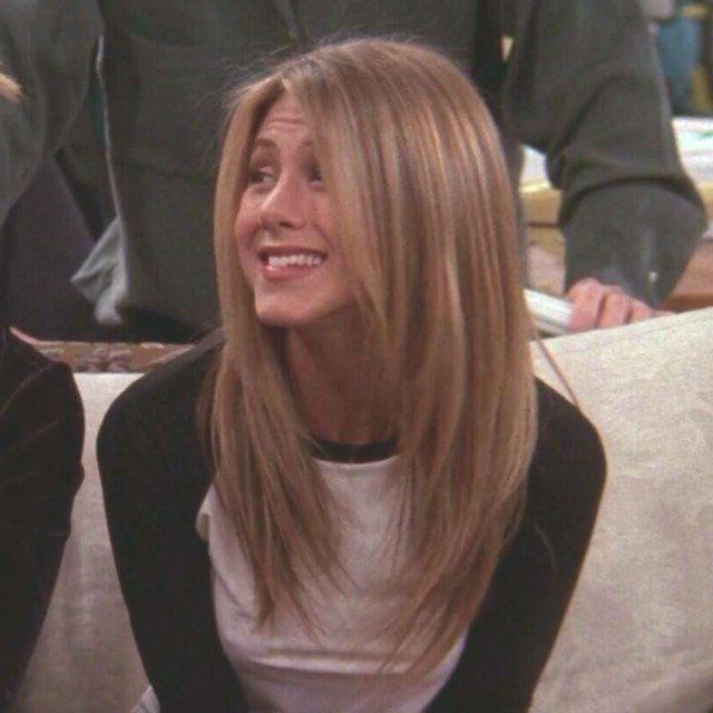 Rachel Green Green Rachel In 2020 Rachel Green Hair Jennifer Aniston Hair Friends Jennifer Aniston Hair