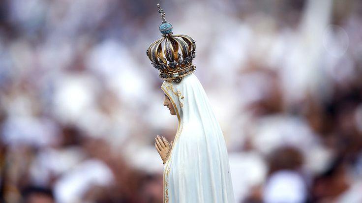 En Egypte, où vit une importante minorité copte, un ancien membre du ministère des Religions s'est attiré les foudres des chrétiens après avoir déclaré que Marie, une figure vénérée dans l'islam, épouserait le prophète Mohammed dans l'au-delà.